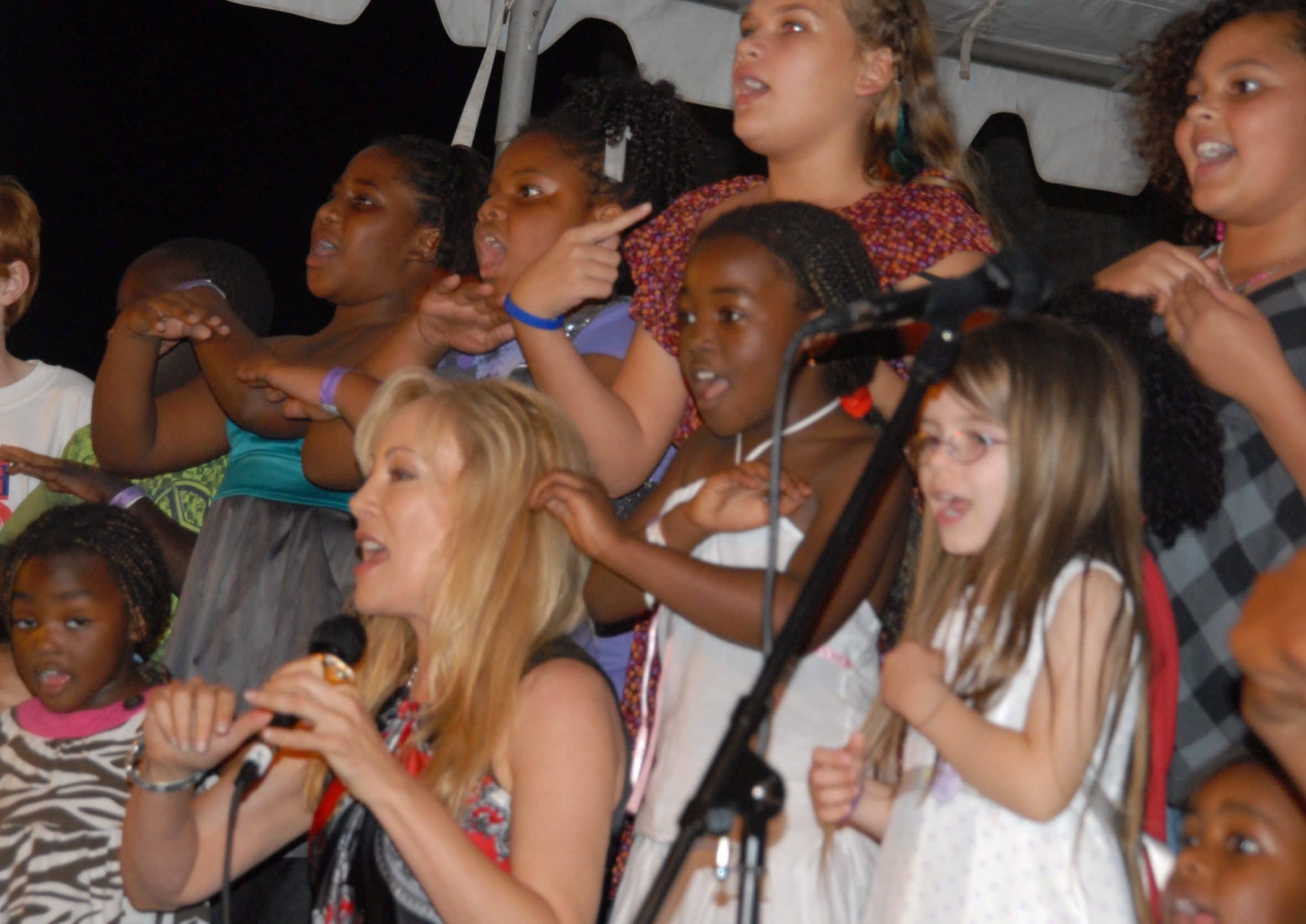 Lynn Bryant Helping Children Through Song