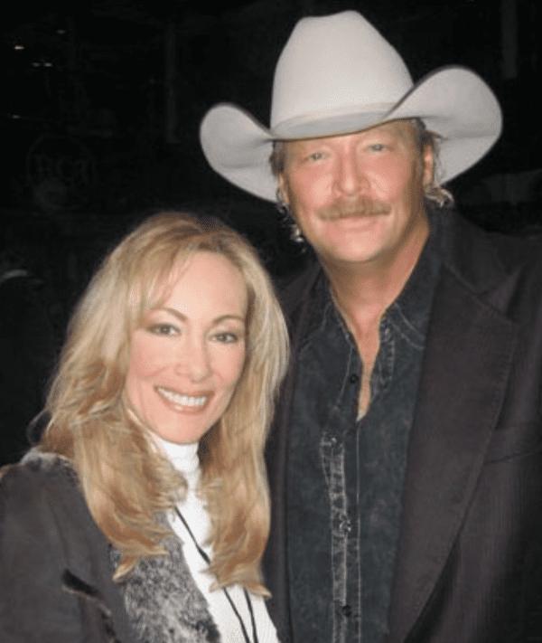 Lynn Bryant Country Music Star
